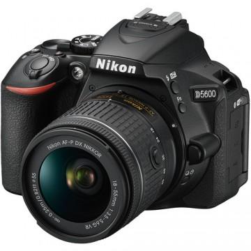 NIKON D5600 w AFP18-55VR KIT